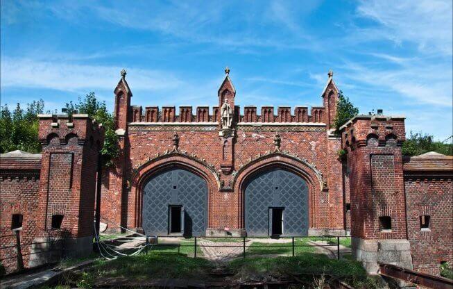 Ворота в Калининграде