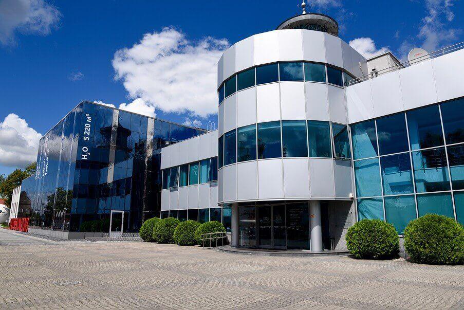 главный корпус музея мирового океана в калининграде